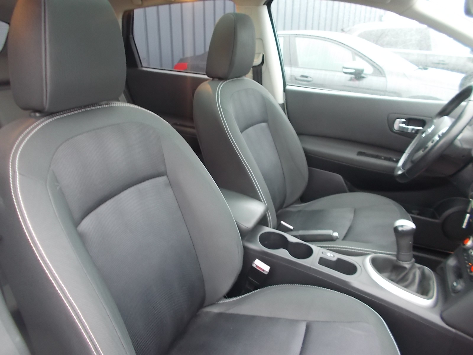 volkswagen tiguan 2 0 tdi 110 cv bluemotion technology edition bv6 nos occasions vente voitures. Black Bedroom Furniture Sets. Home Design Ideas